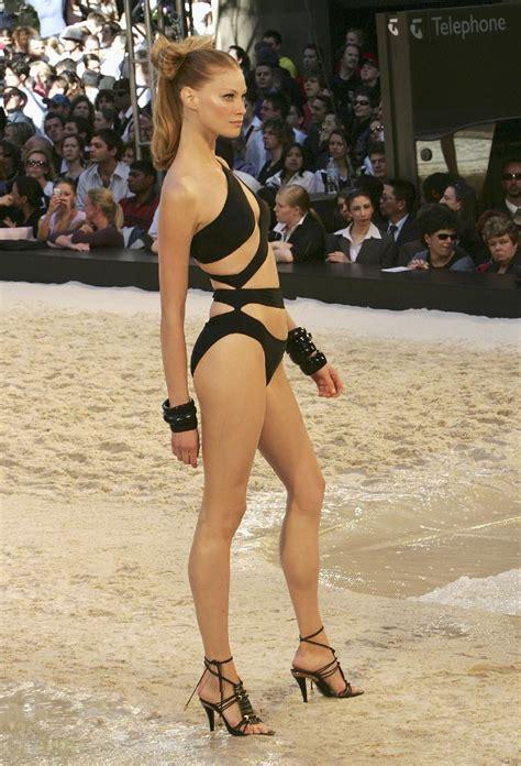alyssa sutherland bikini hottest woman 3 12 15 alyssa sutherland vikings