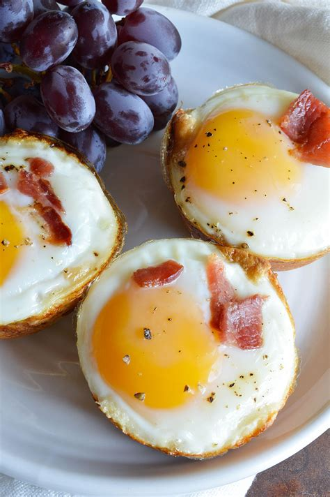 breakfast recipies bacon and egg breakfast cups wonkywonderful