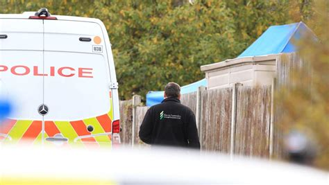 Suzy Lamplugh murder: Garden search continues into second ...