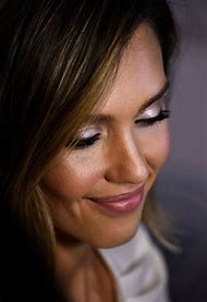 Jessica Alba Eye Makeup