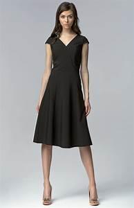 robe droite noire classique With robe noire classique