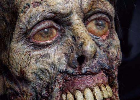 scared  death  thrill  horror film mopop