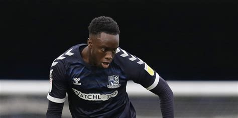 Arsenal loan man facing late Southend United fitness test ...