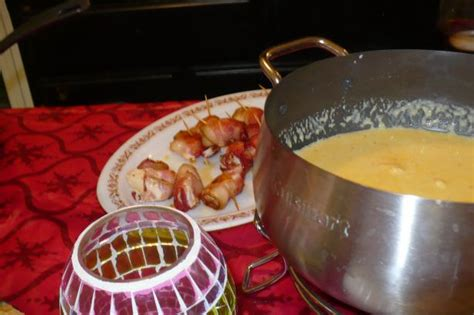 cheddar cheese fondue courtesy of the melting pot recipe food