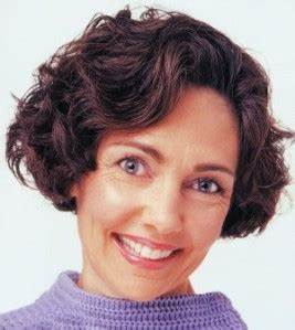 Cheveux Court Bouclé Femme : coiffure carre court degrade frise ~ Louise-bijoux.com Idées de Décoration