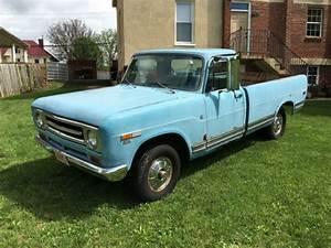 1969 International D1100 4x4 Truck