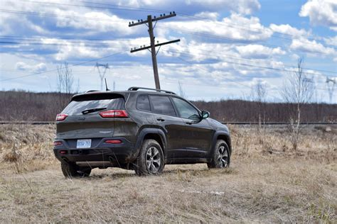 jeep hawk trail jeep trailhawk vs chevrolet autos post
