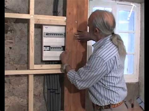 comment poser du lambris mural lambris 3 pose verticale bricolage avec robert