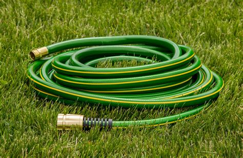 Garden Hose by What S The Best Garden Hose For 2019 Read Our In Depth