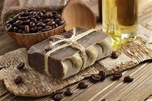 Seife Schneiden Anleitung : kaffeeseife selber machen naturseife mit kaffee ~ Lizthompson.info Haus und Dekorationen