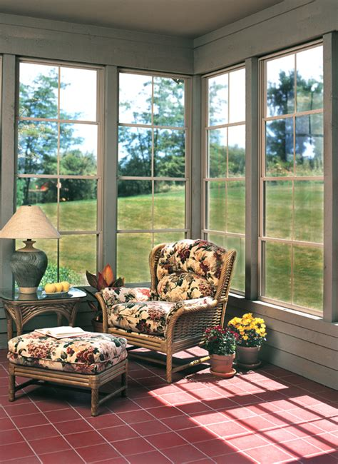 How To Decorate A Screened Porch by How To Decorate A Screen Porch Screen Porch Decorating