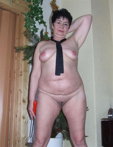 Grannies And Matures Standing Naked Pics Xhamster