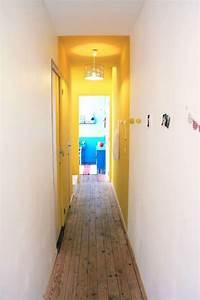 deco couloir long sombre etroit 12 idees pour lui With couleur de peinture pour couloir sombre 11 conseils deco decoration couloir etroit