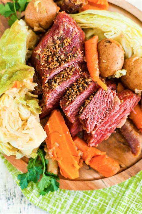 And each serving has just 5g net this low carb corned beef meal came together really quickly now that i have an instant pot. Instant Pot Corned Beef and Cabbage Recipe | Fresh Mommy Blog