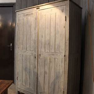 Armoire D Atelier : mobilier industriel ancienne armoire d 39 atelier en bois ~ Teatrodelosmanantiales.com Idées de Décoration
