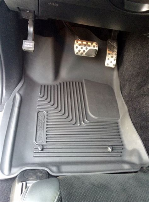 Lloyds Floor Mats Canada by Gt Sale Savings On Floor Liners Mats Cargo Liners