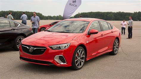 Buick Regal All Wheel Drive by 2018 Buick Regal Gs Debuts With 310 Hp V 6 All Wheel Drive