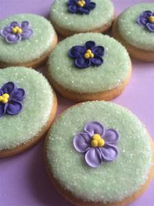 Edible Violets Made from Royal Icing in 3 shades of Violet