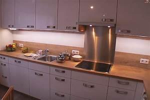 Küchenzeile Selber Bauen : k chenr ckwand selber bauen k chenspiegel r ckwand herd in 2019 pinterest ~ Buech-reservation.com Haus und Dekorationen