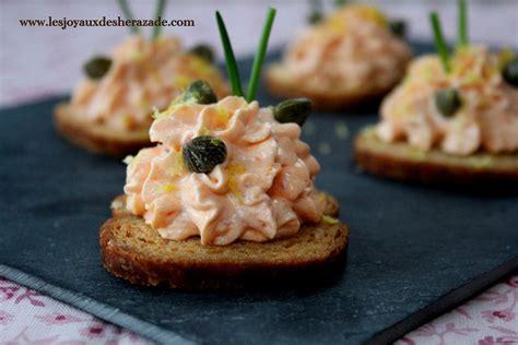 recette de canapé toast apéritif crème au saumon fumé les joyaux de