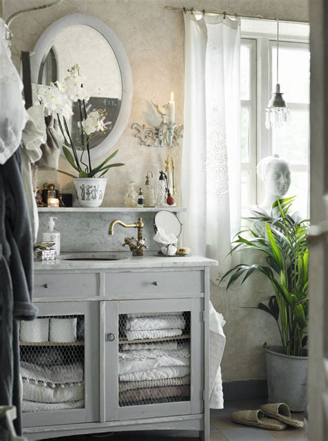Luxurious french provincial furniture can boost the elegance and add a traditional vintage charm to your house's decor. Classic Provence Style House in Modern Sweden - Decoholic