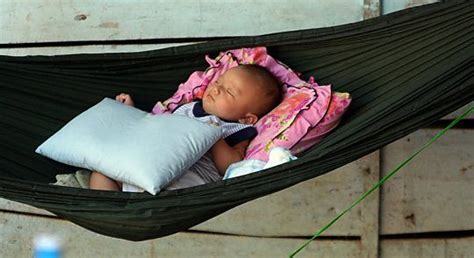 Baby Hammock For Sleeping by Is It Safe For Your Baby To Sleep In A Duyan Parent