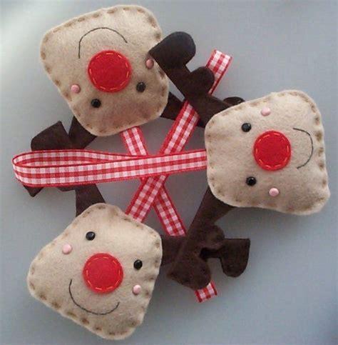 handmade reindeer felt christmas decorations  images
