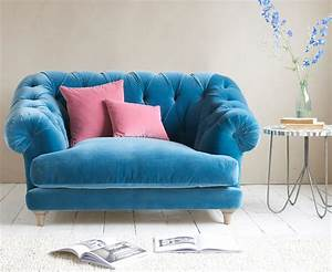 Seats Sofas : chesterfield style love seat bagsie loaf ~ Eleganceandgraceweddings.com Haus und Dekorationen