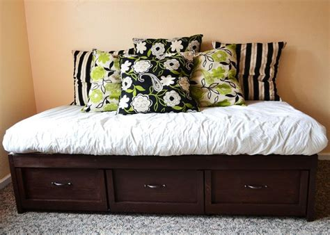 Best 25+ Daybed With Storage Ideas On Pinterest