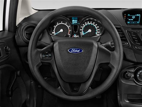 image  ford fiesta se sedan steering wheel size