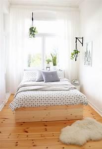 Sehr Kleines Zimmer Einrichten : diy bettgestell aus holzplatten pretty nice ~ Bigdaddyawards.com Haus und Dekorationen