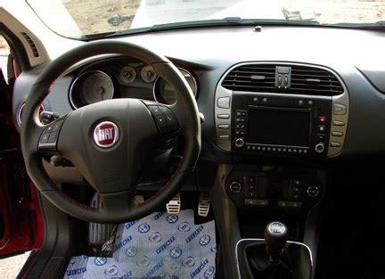 Interni Fiat Bravo Fiat Bravo Gli Interni E Altri Dettagli