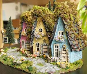 The Fairy Houses of Mossy Lane
