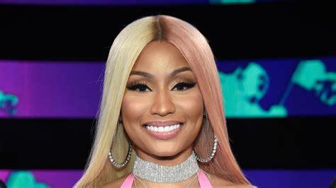 vmas  nicki minaj wears  toned pink  blonde