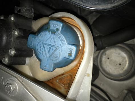 2003 Porsche 911 3.6L Coolant leak.   Rennlist   Porsche