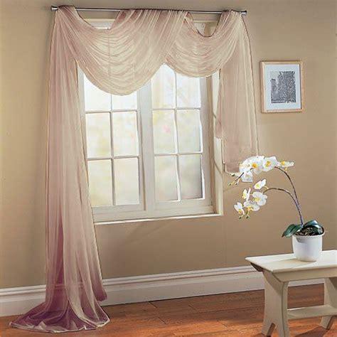 freihanddeko gardinen ideen querbehang freihanddeko aus transparentem voile die