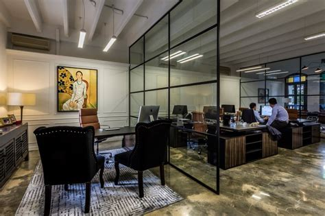 am駭agement bureau open space luxury hedge fund office space in singapore by elliot