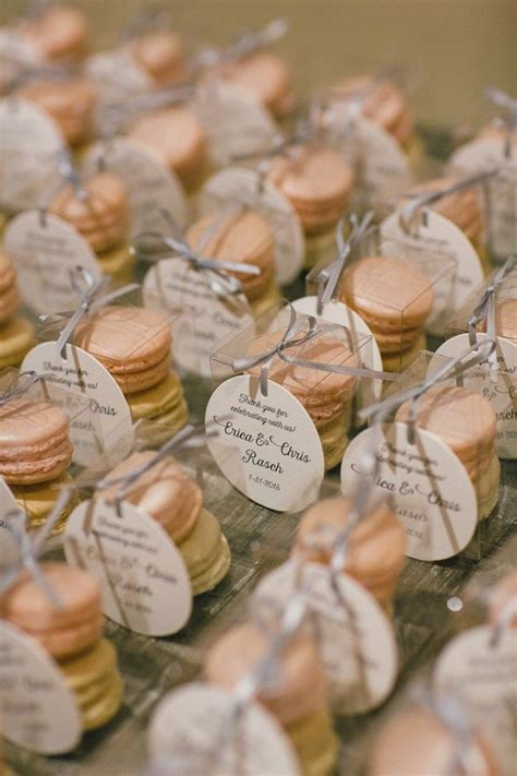 wedding favor ideas on a budget 15 budget friendly wedding favors for a tight budget