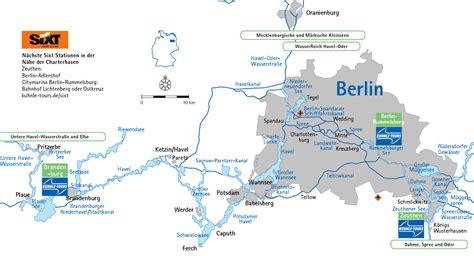 Berlin To Potsdam By Boat by Einem Hausboot Aus Berlin Und Potsdam Entdecken