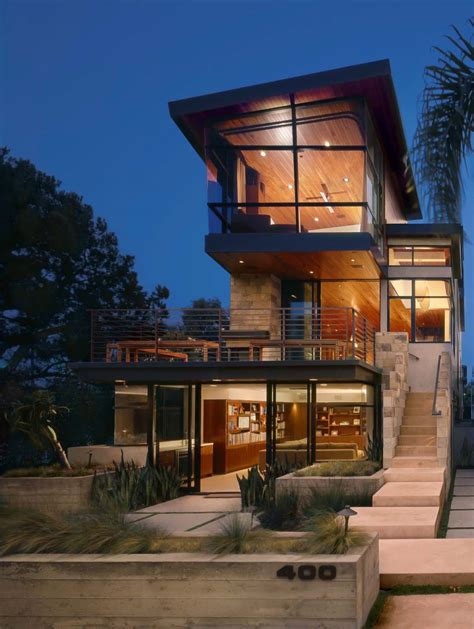 A Modern Tree House Built For Family Living In Manhattan Beach