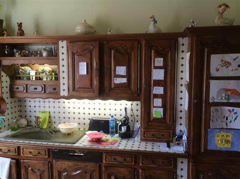 cuisine en bois h黎re customiser cuisine en bois relookage cuisines stratifies with customiser cuisine en bois refaire une cuisine ancienne relooker la cuisine