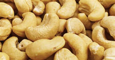 cashew allergy symptoms livestrongcom
