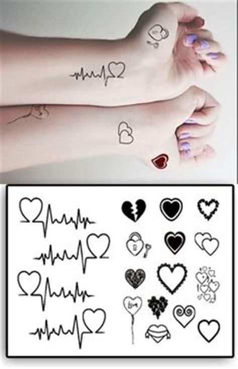 tatouage prenom femme 37 meilleures images du tableau tatouage prenom small tattoos ideas et tattoos