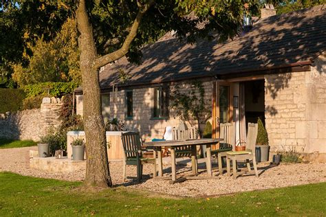 Luxury Holiday Cottage In The Cotswolds Dryhill Cottage