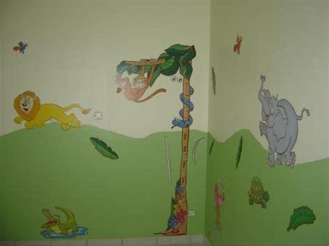 chambre nolan chambre de nolan la jungle chambre de bébé forum