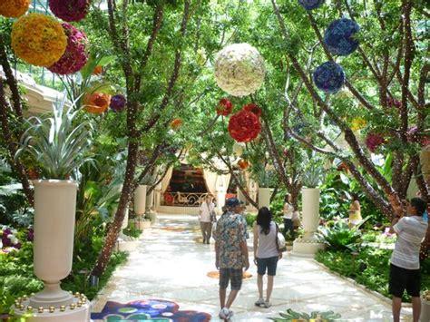 bellagio hotels indoor garden picture of treasure island