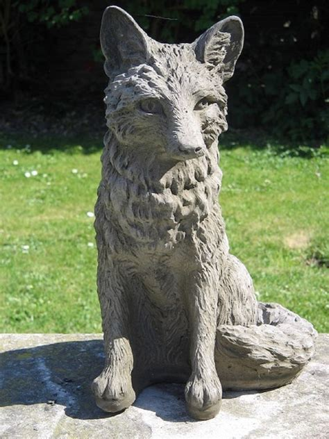 outdoor statue fox garden statue amazoncom lifesize noble fox garden statue patio lawn garden 170 best