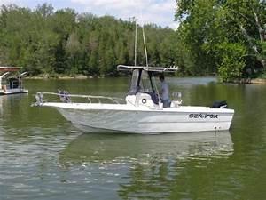 2002 Sea Fox 237 Center Console