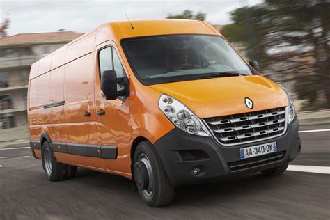 renault master 2011 renault master combi 2011 pictures renault master combi