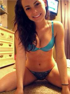 Selfies and Candids Sexy Beautiful Women Selfies and